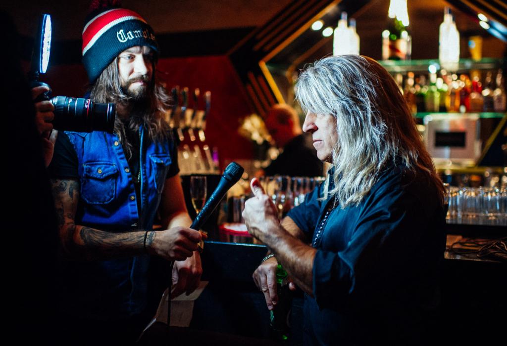 Motörheadin rumpali ja missituomari Mikkey Dee (oik.) –kauneus on rumemmankin katsojan silmissä!