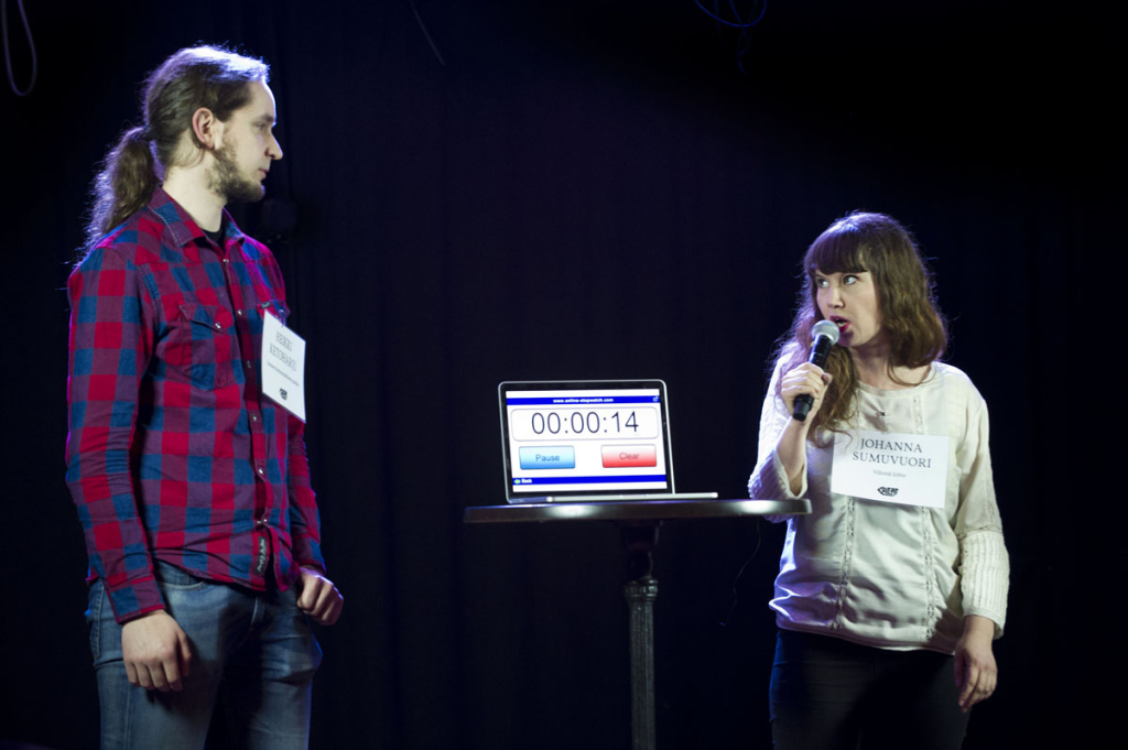 Heikki Ketoharju (SKP) ja Johanna Sumuvuori (Vihr.) vaalikeskustelun ensimmäisenä taisteluparina.