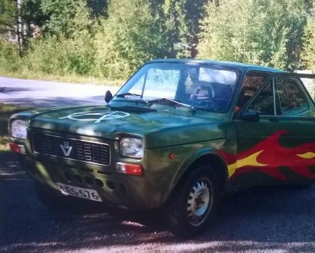 Haluatko tämän Fiat 127:n takapenkille kesäiseksi lauantai-illaksi? Creat tarjoaa kuskin, bensat ja kopan bönthöä. Ohjeet osallistumiseen poklomin lopussa. (Kuva: Mervi Vuorela)