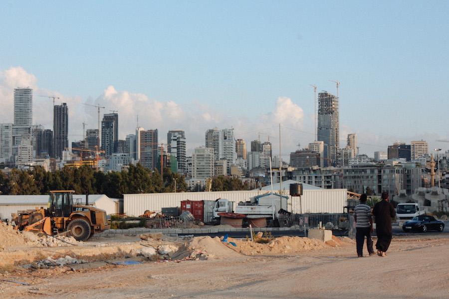 """""""Beirut (arab. بيروت) on Libanonin pääkaupunki, pääsatama ja maan suurin kaupunki. Beirutin asukasluku on noin 1,8 miljoonaa (2,1 miljoonaa ympäröivä alue huomioiden)."""" (Wikipedia)"""