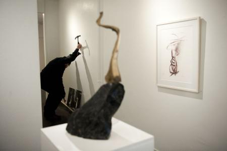 Taiteilijan poika Jean Ramsay toi Creat Spaceen äitinsä viimeiset teokset.