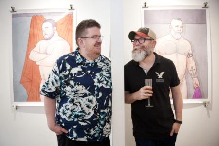 Taiteilijat Mike Wyeld ja Charlie Hunter lennätettiin Lontoosta Creat Spaceen LOVED Helsinki -näyttelyn avajaisiin. (Kiitokset tuesta Suomen Lontoon instituutille!)