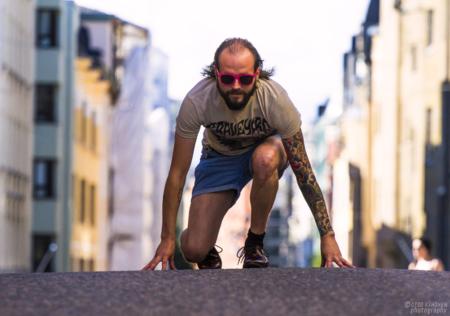 Creat Spaceen pikavauhtia taidenäyttelyn luonut Jyrki Riekki käy kilpajuoksua oman elämänsä kanssa.